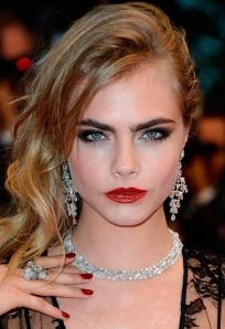 Cara-Delevingne-The-Great-Gatsby-Premiere-Cannes-and-opening-ceremony-FTAPE-01